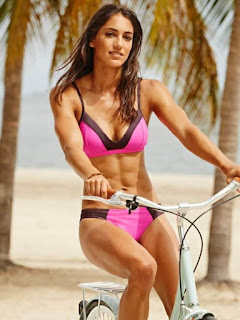 Rickie Fowler Wife Allison Stokke Models For Nike Nowadays