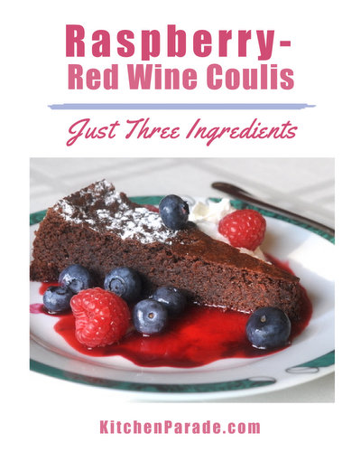 Red Wine Coulis ♥ KitchenParade.com, a sweet-but-tart raspberry sauce and a perfect added-touch for desserts, especially chocolate desserts. Just three ingredients!