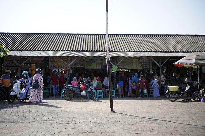 Depan Pasar Sore Karangrandu Jepara