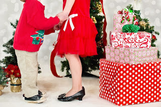 christmas comes but once a year - Christmas Idioms