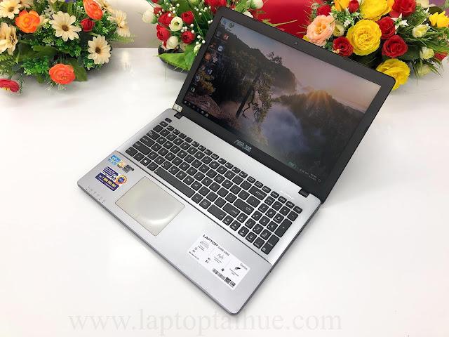 Asus X550c i3 3217u-4Gb-SSD 128Gb-15,6''