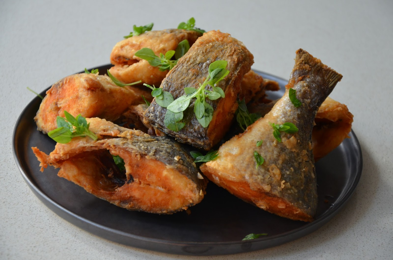 Ndudu by fafa how to fry the perfect fish for Best fish for frying