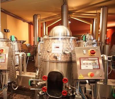 robot che fa il vino genesis