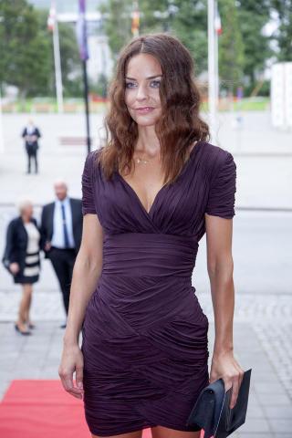 Actress Agnes Kittelsen Hot Cleavage Photos Actress Trend