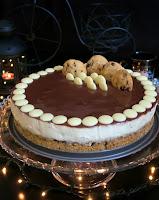 sernik z ciasteczkami i czekoladą
