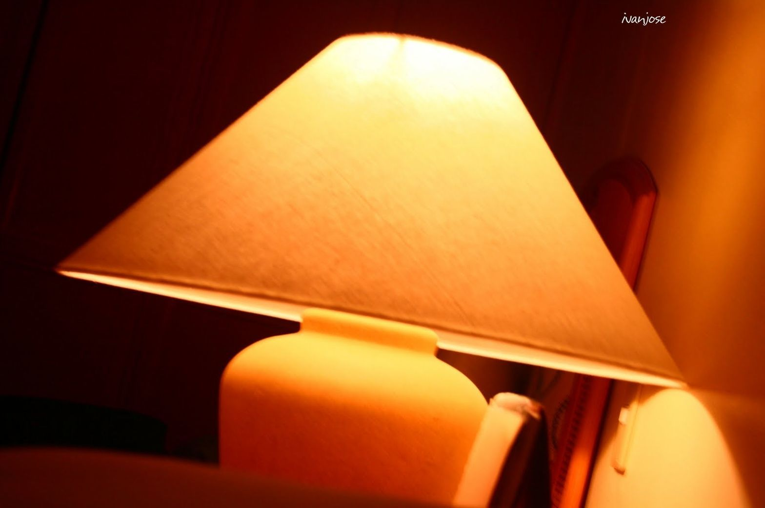 Bedside lamp at Waterfront Cebu City Hotel and Casino