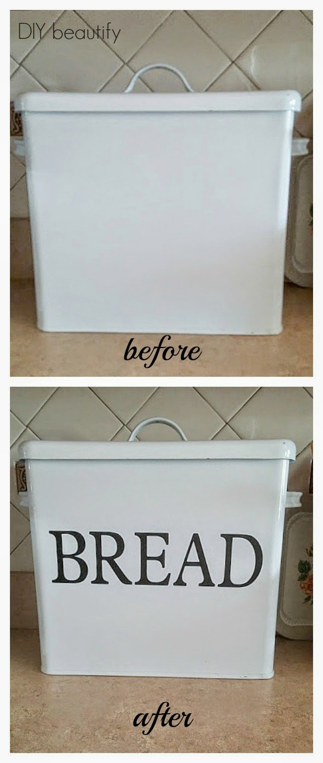 Vintage bread bin