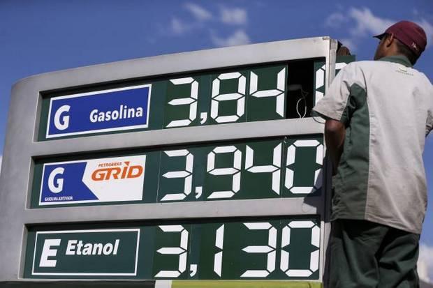 Suspensão de aumento de impostos de combustíveis causa prejuízo diário de R$ 78 milhões, diz governo