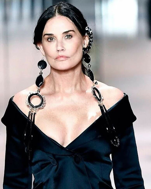 Demi Moore shocked her fans with a brand new face