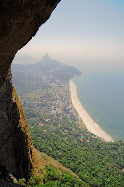 Rio de Janeiro, pedra da gavea, trilha, via pico dos 4, quatro, vista, sao conrado, garganta do ceu