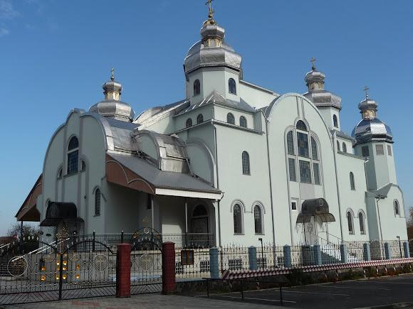 Жидачів. Церква Всіх Святих