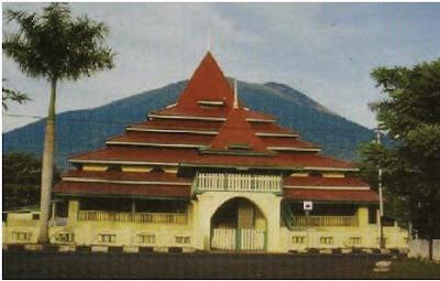 Sejarah Peninggalan, Letak, serta Silsilah Kesultanan atau Kerajaan Islam Ternate dan Tidore di Maluku Utara