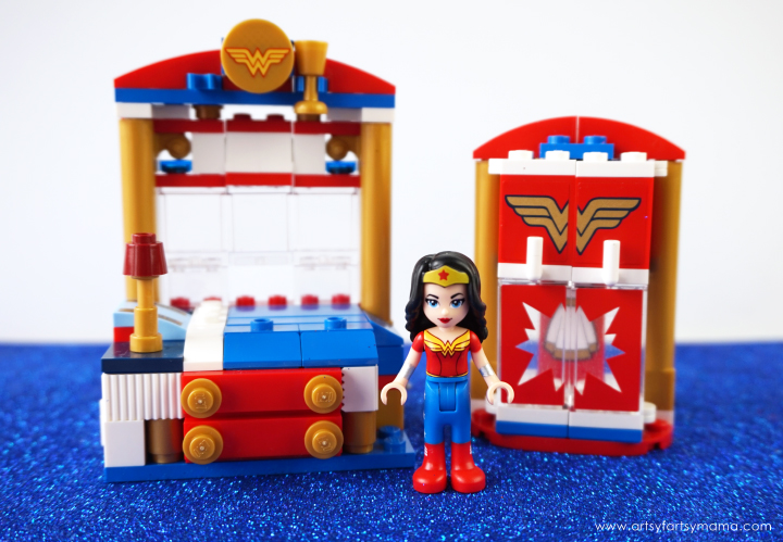 LEGO DC Super Hero Girls Wonder Woman Dorm | artsy-fartsy mama