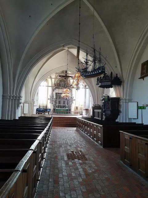 Wnętrze kościoła w Skanör