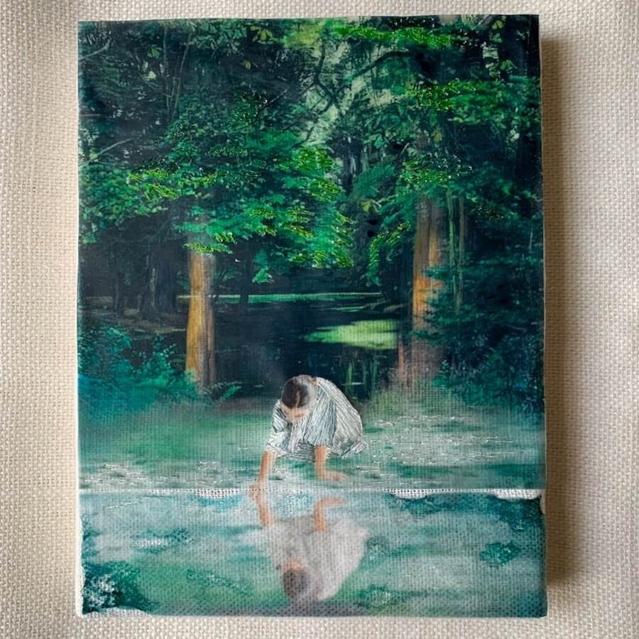 01-Reflection-in-the-lake-Cecile-Davidovici-www-designstack-co