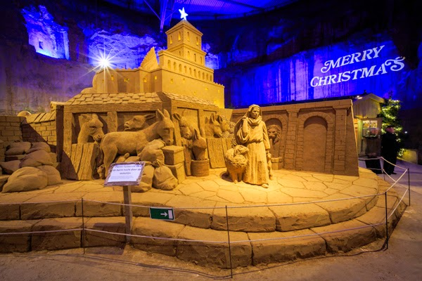 sand sculptures wilhelmina cave valkenburg