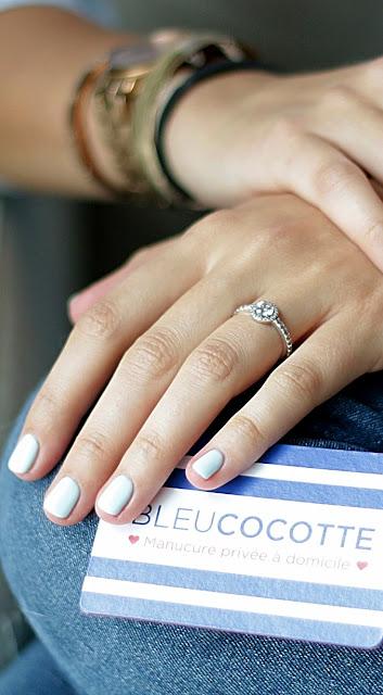vernis bleu pastel bleu cocotte essie Agathe Diary