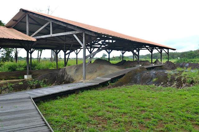Guyane, Kourou, centre archéologie Amérindien, roches gravées, caak, kalapa