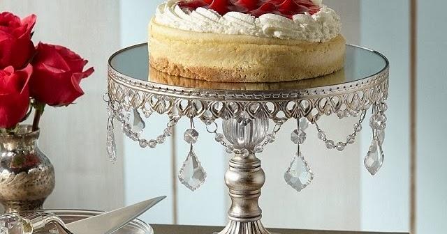 & Editoru0027s Pick: Vintage-Inspired Cake Stands