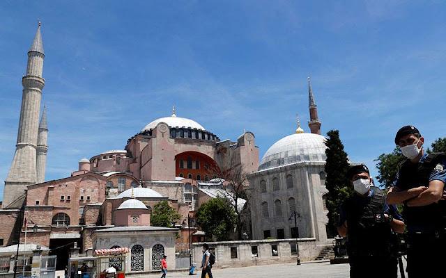 SZ: Η Αγία Σοφία διχάζει τους Τούρκους