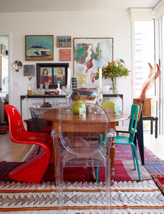 eclectic dining room with complementary colors