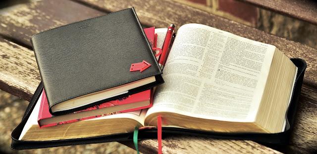Estudo Bíblico: A Pessoa e o Caráter de Jó (1: 1-22)