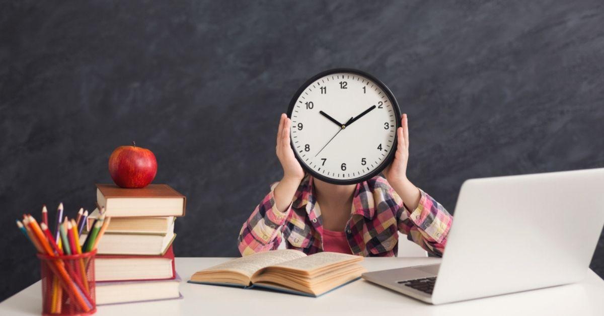 نصائح تساعدك على تنظيم الوقت للدراسة بشكل أفضل