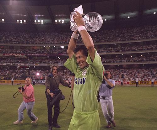 Pakistani Legend Imran Khan As A Cricketer : Wallpapers