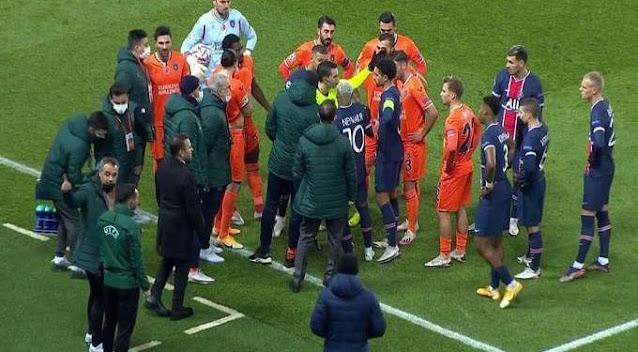 تأجيل مباراة باريس سان جيرمان وباشاك شهير بسبب إساءة عنصرية