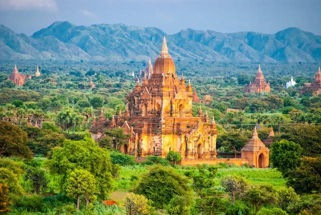 Bagan in Burma(Myanmar)