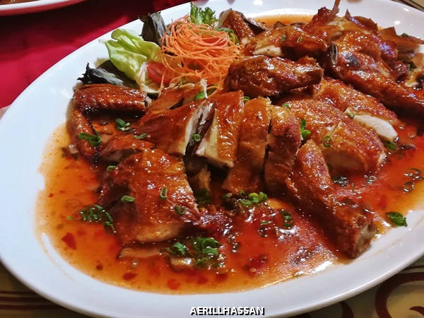 CRISPY ROASTED CHICKEN WITH SPICY SICHUAN SAUCE