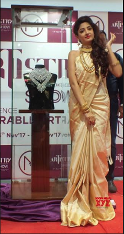 Poonam Kaur Showcasing Diamond Bridal Sets