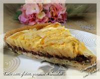 http://gourmandesansgluten.blogspot.fr/2014/10/tarte-aux-pommes-et-chocolat.html