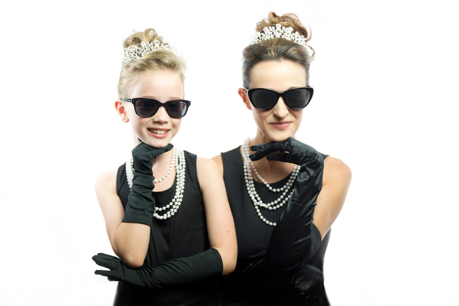Holly Golightly Mother-Daughter Halloween Costumes  sc 1 st  erinu0027s faces & erinu0027s faces: Holly Golightly Mother-Daughter Halloween Costumes