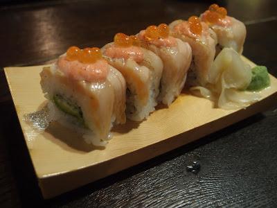 Aburi Salmon Mentai Mayo Roll