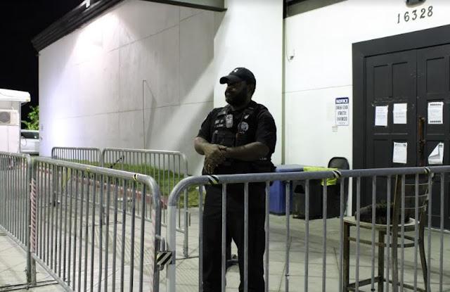 reasons hire security guard company