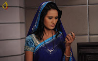 Biodata Heena Parmar pemeran Ishita Akash Sindhia ( Istri Akash )