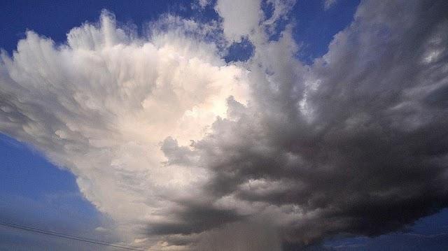 Erős széllökések és jégeső sem kizárt, de azért vannak jó híreink is – Mutatjuk a hétvége időjárását