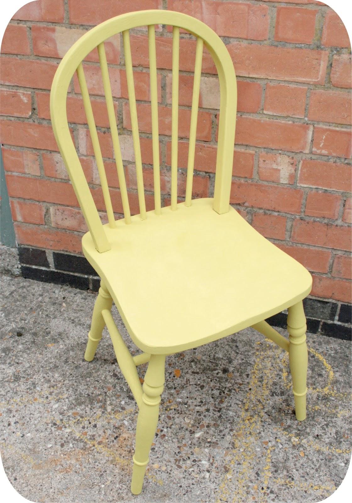 hesperoo: Chalk Paint Chair