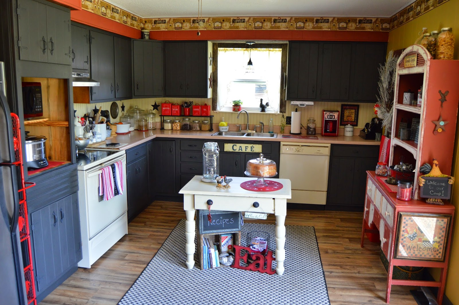 How To Paint Kitchen Cabinets Without Streaks Country Pleasures