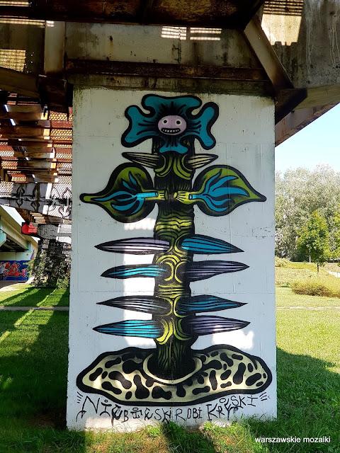 niebieski robi kreski Warszawa Warsaw Mokotów filar wiaduktu mural streetart graffiti street