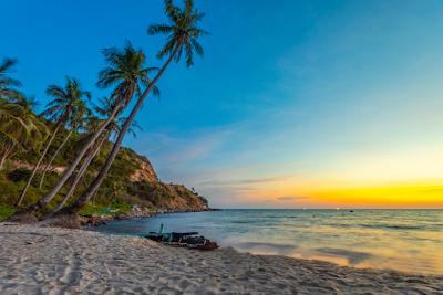 Nam Du Island at sunset
