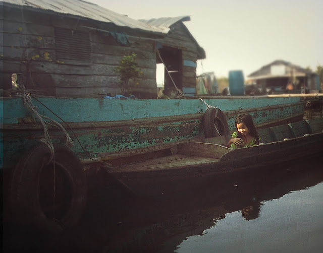 kompong luong cambodia travel asia floating village