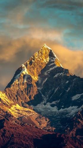 Ngọn núi Himalayas