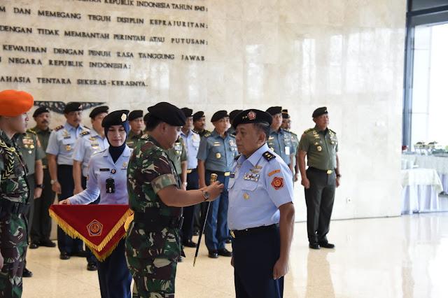 Panglima TNI Lantik Aslog
