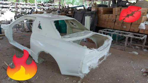 Fiberglass R32 GT-R bodyshell from Panchkits