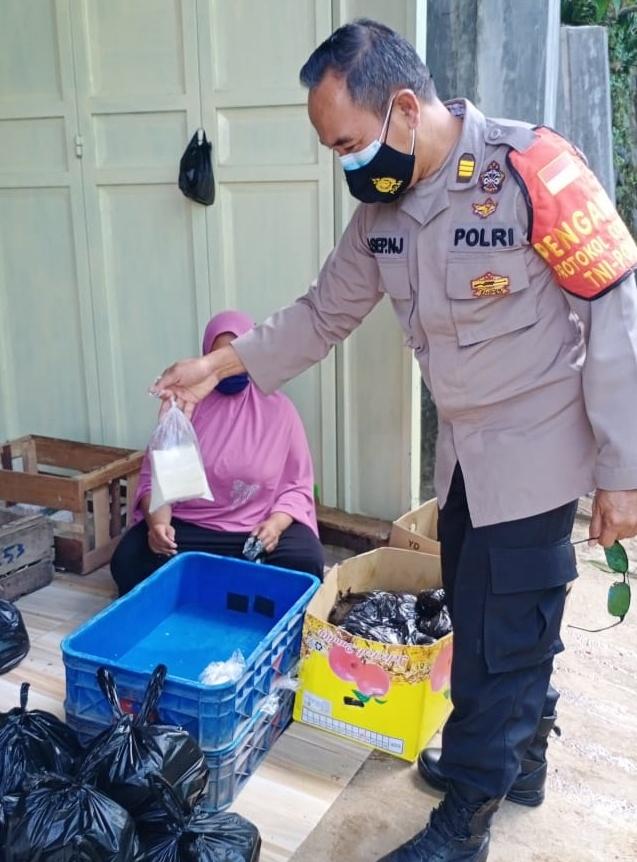 Kegiatan Monitoring Penyaluran BPNT di E_Waroeng di Wilkum Polsek Puspahiang