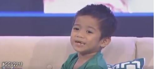Gigil Kid Carlo Showed The Most Priceless Reaction To Seeing Angel Locsin's Photo!