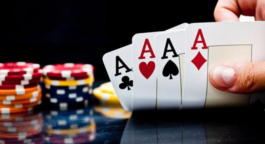 Strategi Profesional Main Poker Dengan Prediksi Lawan