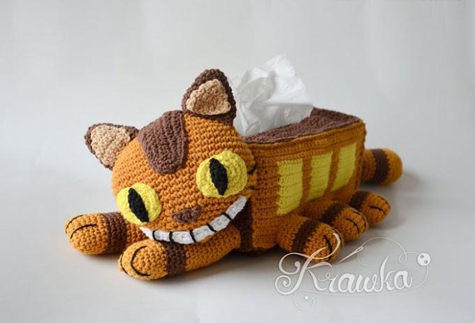 El dispensador de pañuelos de Ganchillo con forma de Gatobus